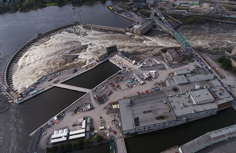 Aerial photo of the Chaudière Falls site during construction, 2017.