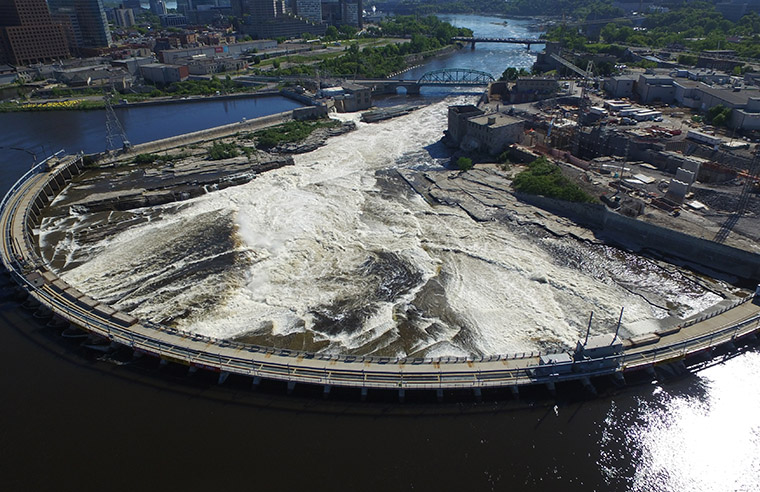 Aerial photo of the Chaudière Falls site during construction, 2016.
