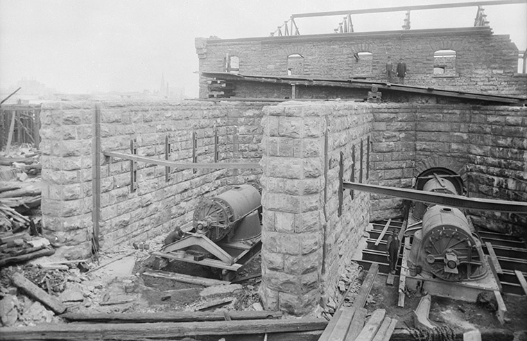 Ruins after the Great Ottawa-Hull Fire of 1900. Photo credit: Topley Studio / Library and Archives Canada.